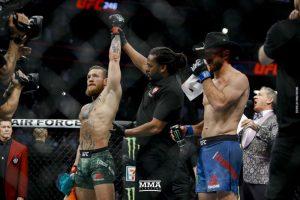 Reakcie McGregor vs Cowboy