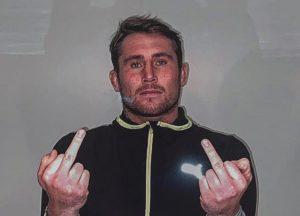 Darren Till vyzýva Dana Whitea aby dal kontrakt hokejistovi slovenských Michaloviec